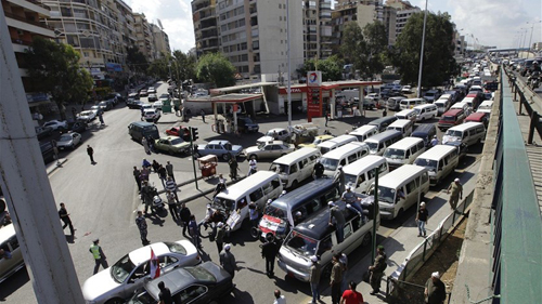 النقل البري يعلن الإضراب