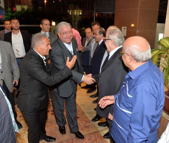 المشنوق: المعركة على مصير بيروت وكرامتها