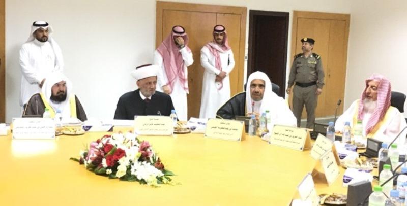 دريان عضواً في رابطة العالم الإسلامي