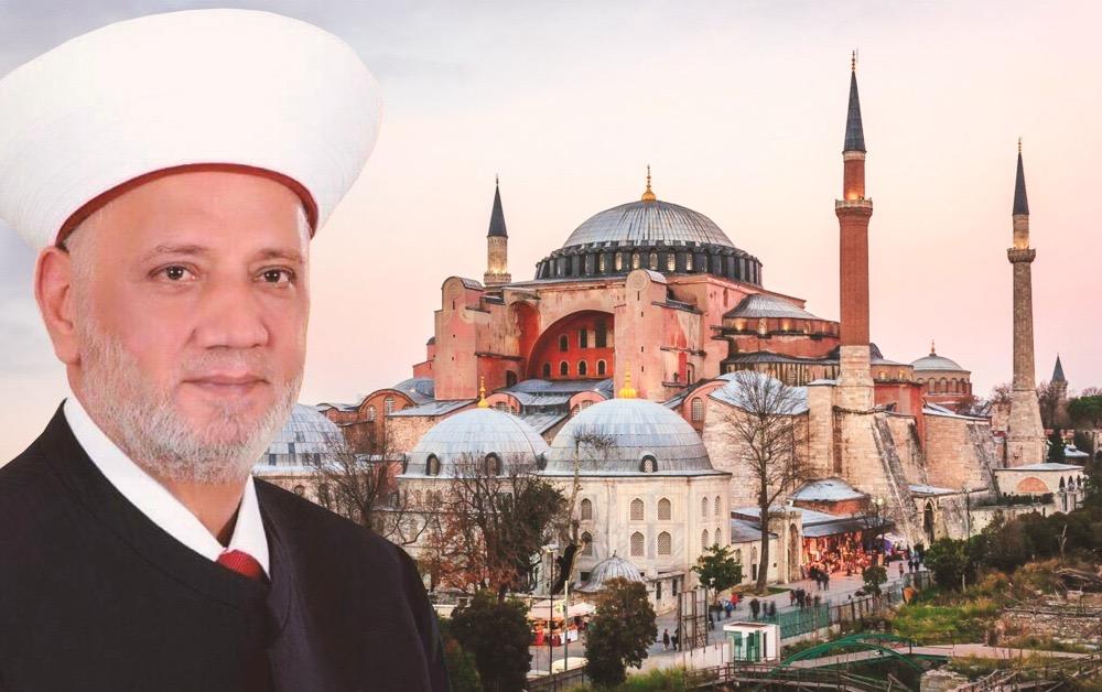 هل أدى المفتي دريان صلاة العيد في مسجد آيا...