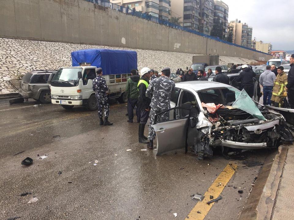 حادث مروّع حجز المواطنين لساعات (الصور...