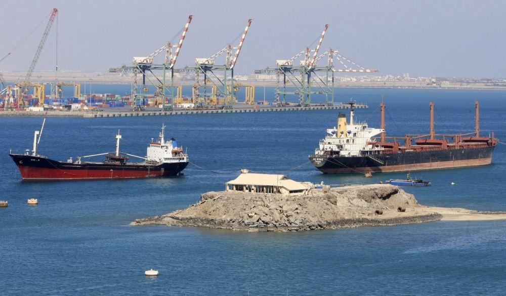 حزب الله يشارك بتلغيم ميناء الحديده