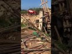 انهيار جسر في طرابلس