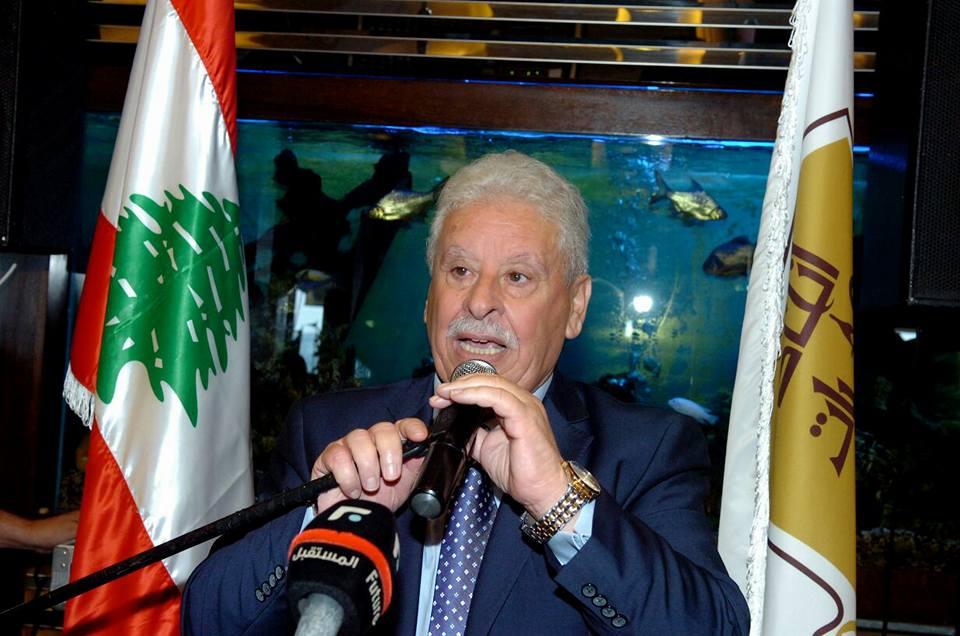 محمد عفيف يموت يمدّد لنفسه