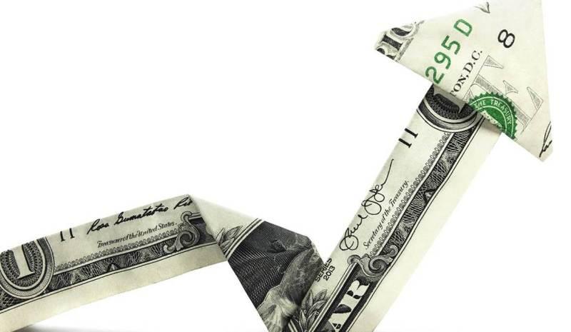 الدولار يرتفع مساء الأحد