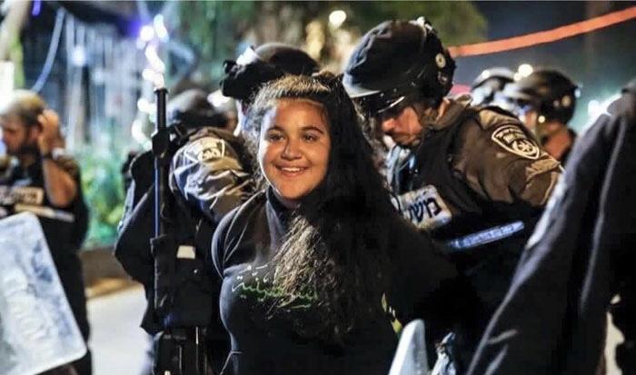 ثورة الابتسامة وبراق فلسطين