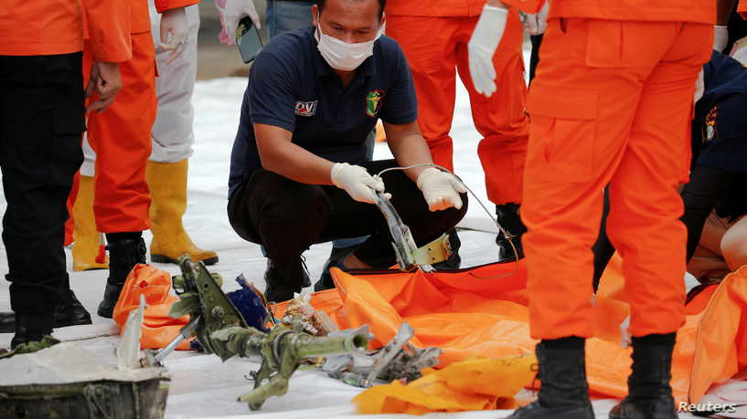 مسؤول في التحقيق بالطائرة الإندونيسية...