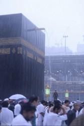 امطار غزيرة في الحرم المكي