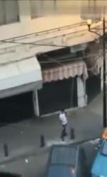 فيديو لشخص مسلح في طريق الجديدة